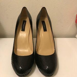 Ann Taylor women's Black leather heels size 9